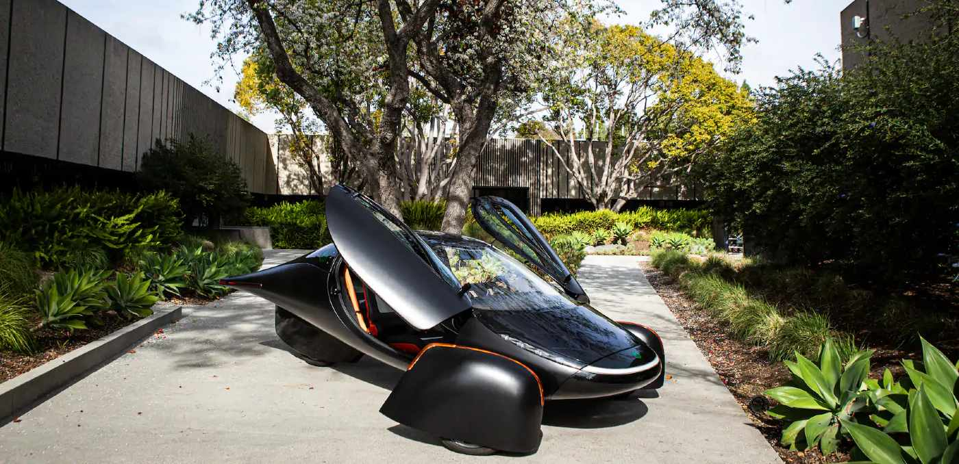 Aptera Solar-Powered Car With '1,000-Mile' Range Gets 7,000 Preorders for Delivery in 2021