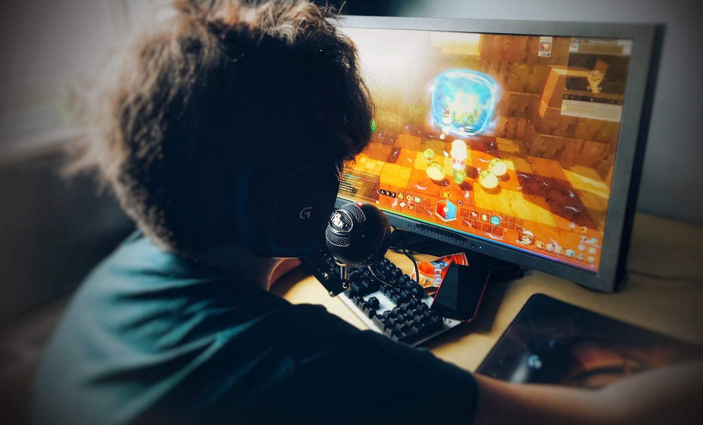 Boys Who Play Video Games Linked With Lower Depression Risk, UK Shows Study