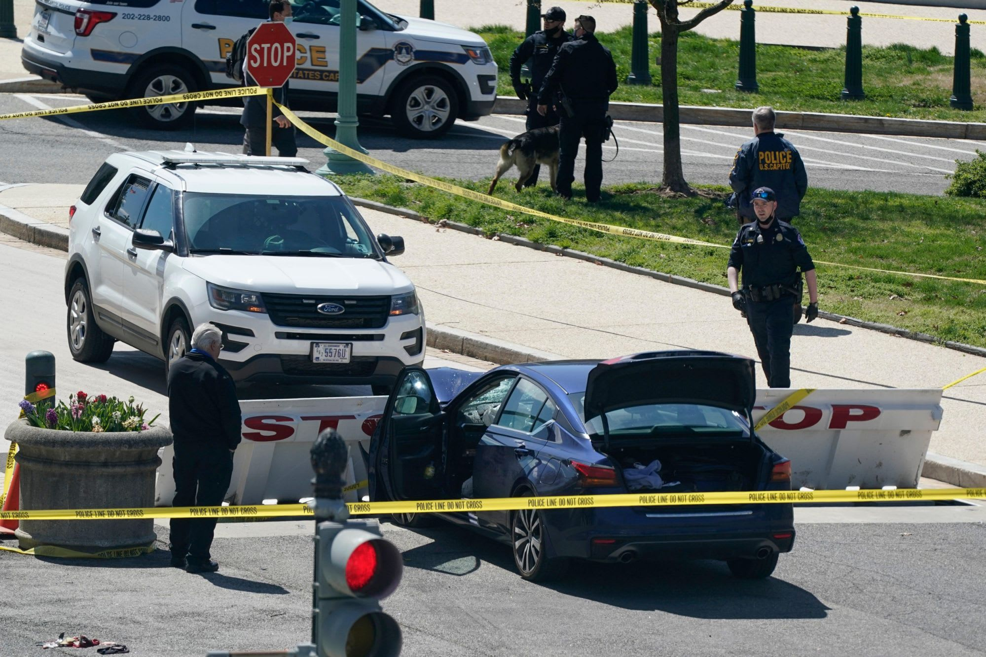 Suspect in attack at U.S. Capitol went from jock to posting about paranoia, extremist groups