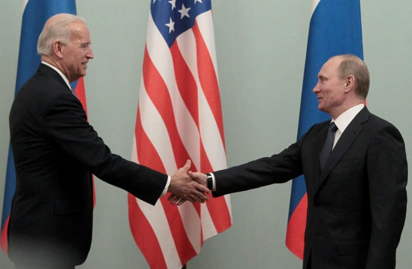 Putin: Russia would accept conditional handover of cyber-criminals to US