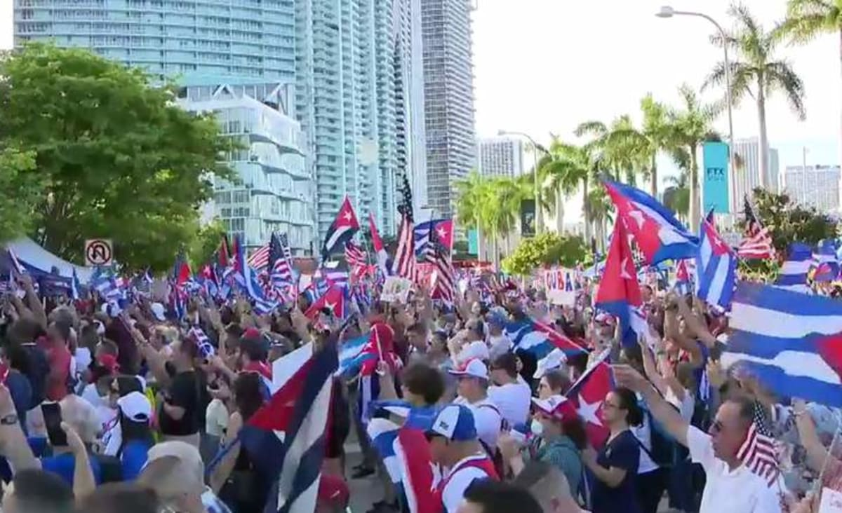 Massive crowd protests outside Freedom Tower in Downtown Miami, calling for Cuban freedom