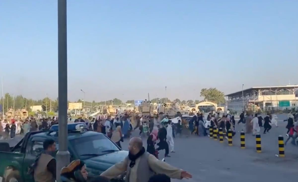 Afghanistan: Taliban claim victory, Kabul Airport in chaos