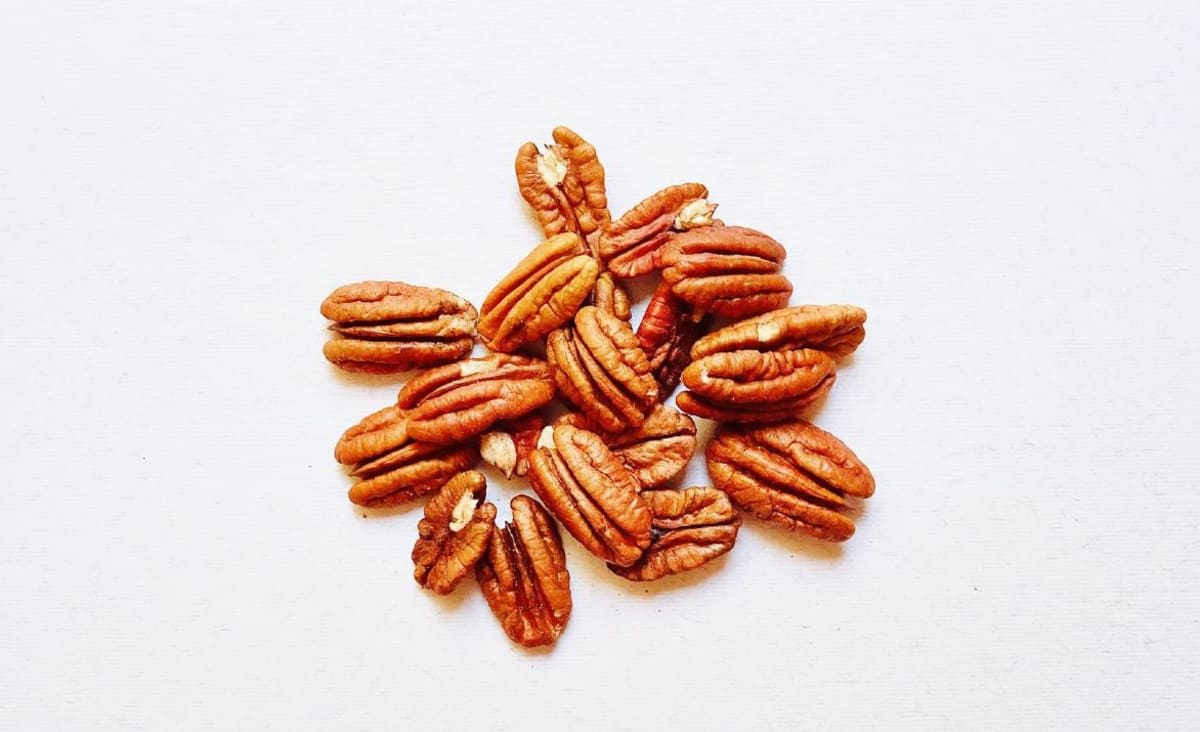 Pecan-Rich Diet Shown to Reduce Cholesterol in New Study