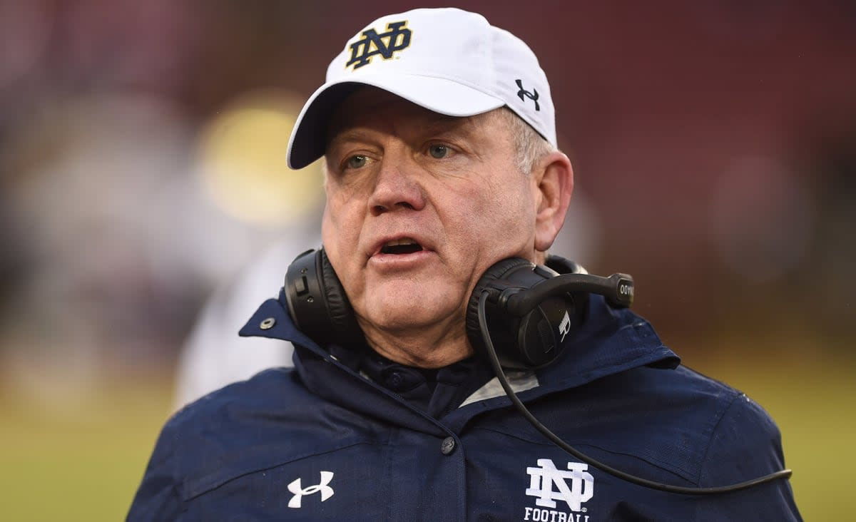 Brian Kelly jokes Notre Dame players 'need to be executed' after thrilling win