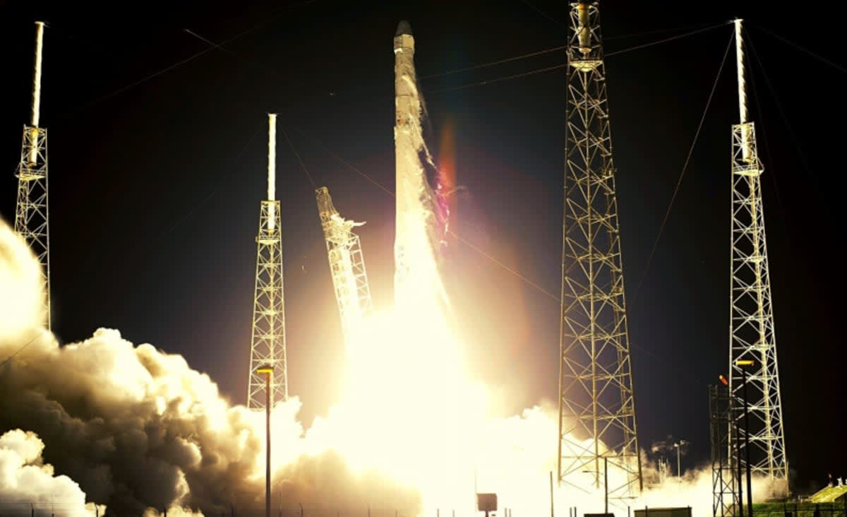 SpaceX Finally Launched Its First Crew of Private Citizens to Space