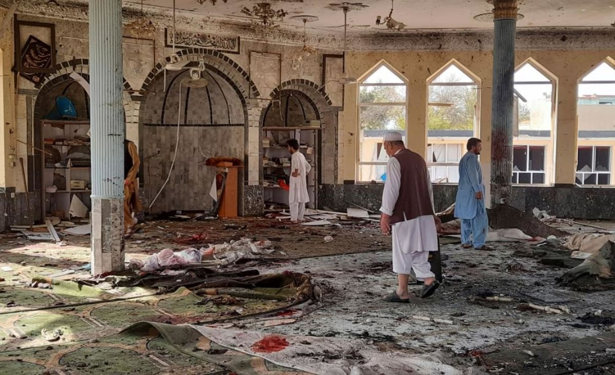 Explosion at mosque in Afghanistan kills and wounds at least 100