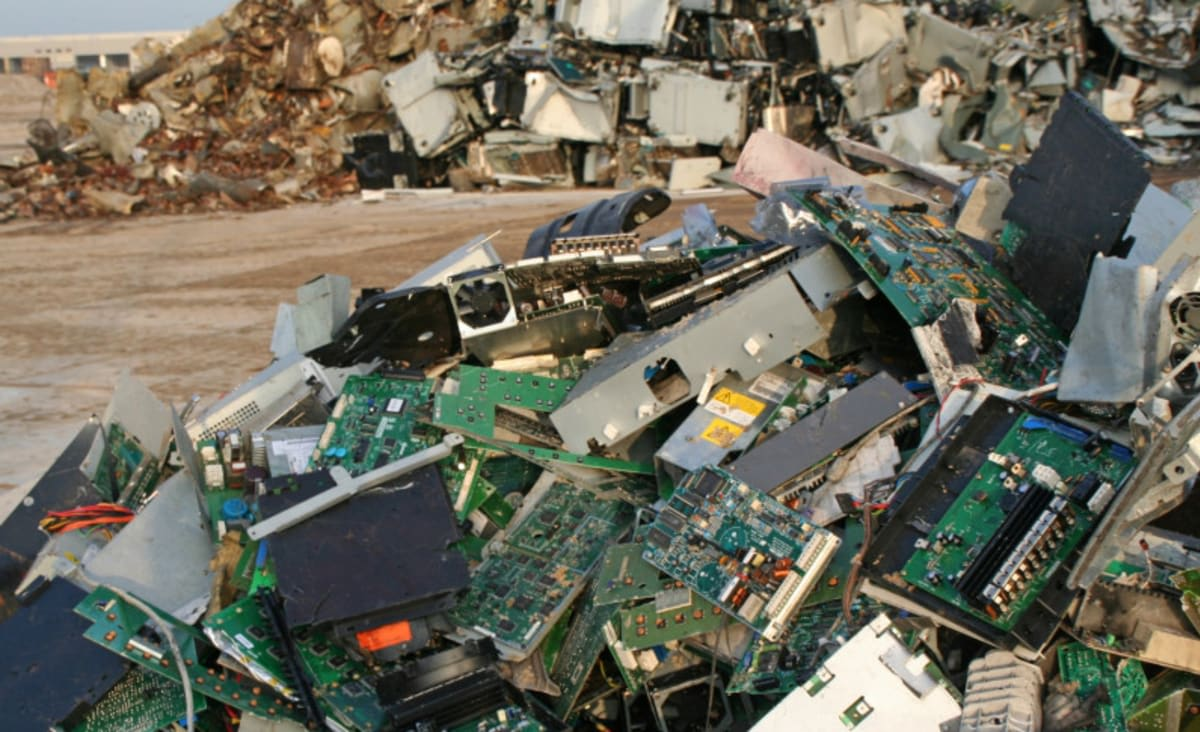 The Solution to Our E-Waste Problem? Repair, Don't Waste