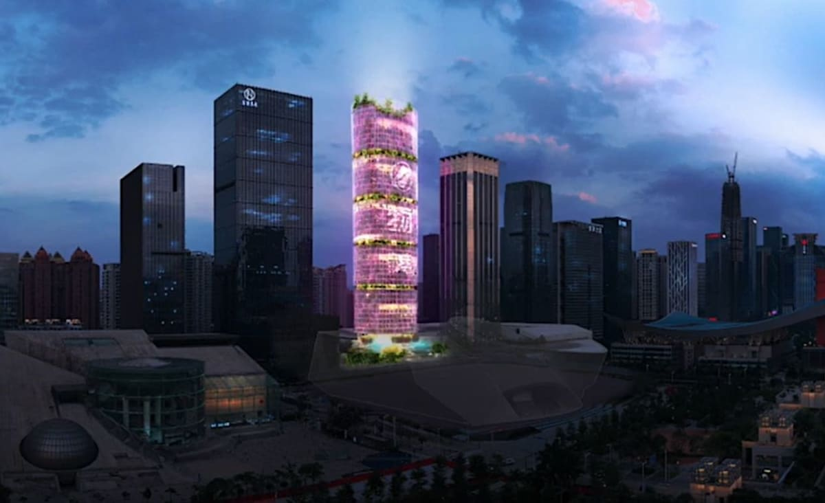 Towering Over the City, This 'Farmscraper' Will Produce 270 tons of Food from Hydroponics on 51-Stories