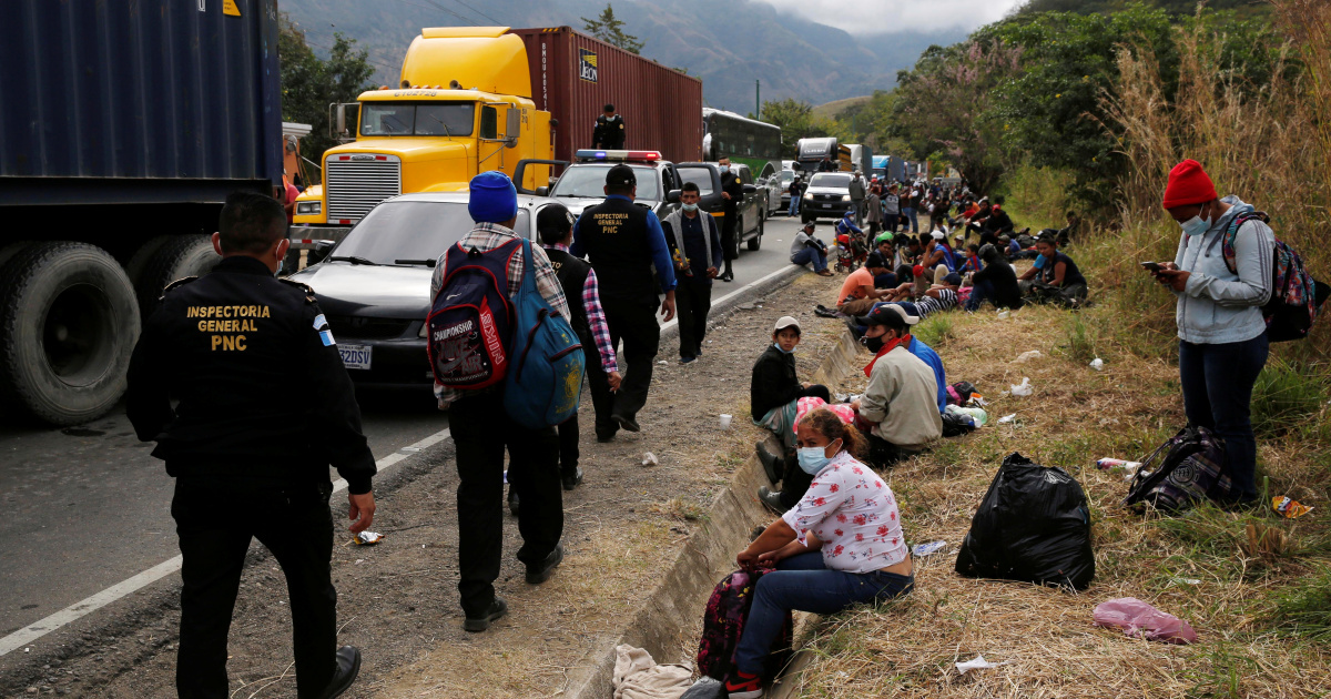 Hondurans remain hopeful as Guatemala cracks down on caravan
