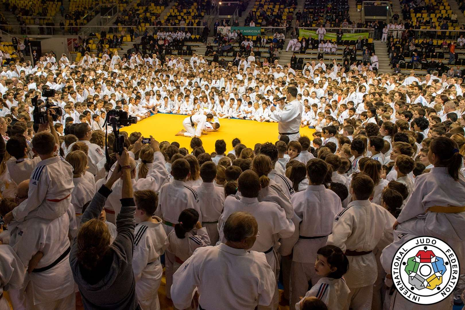 JUDO FOR THE WORLD: A FRENCH HISTORY / IJF org