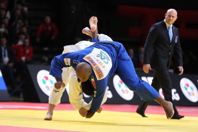 La défaite surprise de Teddy Riner au Grand Slam de Paris - Foot 2020