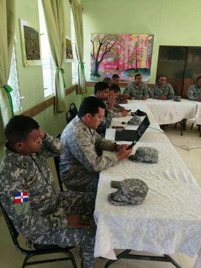 Visita Militares de alto rango de la Armada Dominicana y de la Fuerza Naval de Honduras