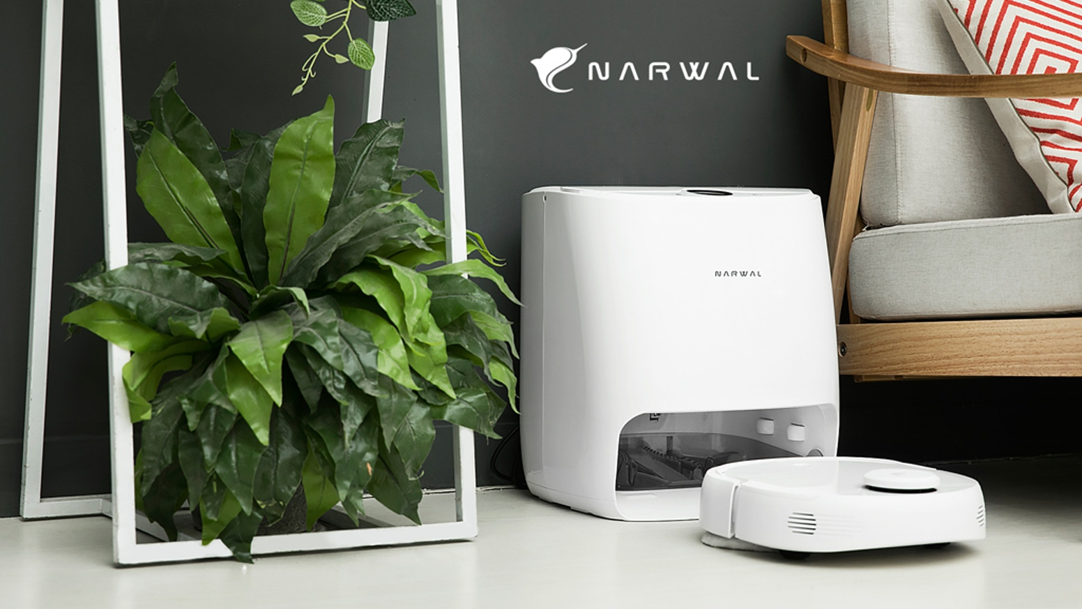 Narwal mop and vacuum robot (best smart home devices)