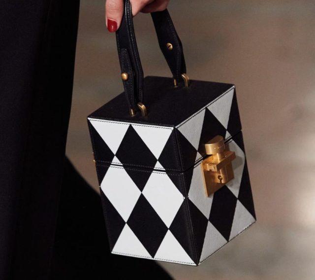 15 красивых сумок на Неделе моды в Нью-Йорке