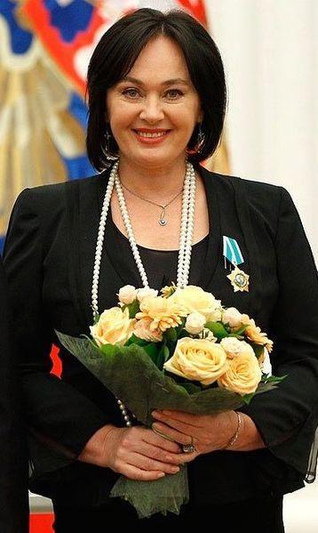 Лариса Гузеева прервала съемку программы «Давай поженимся!» из-за оскорблений и проклятий невесты
