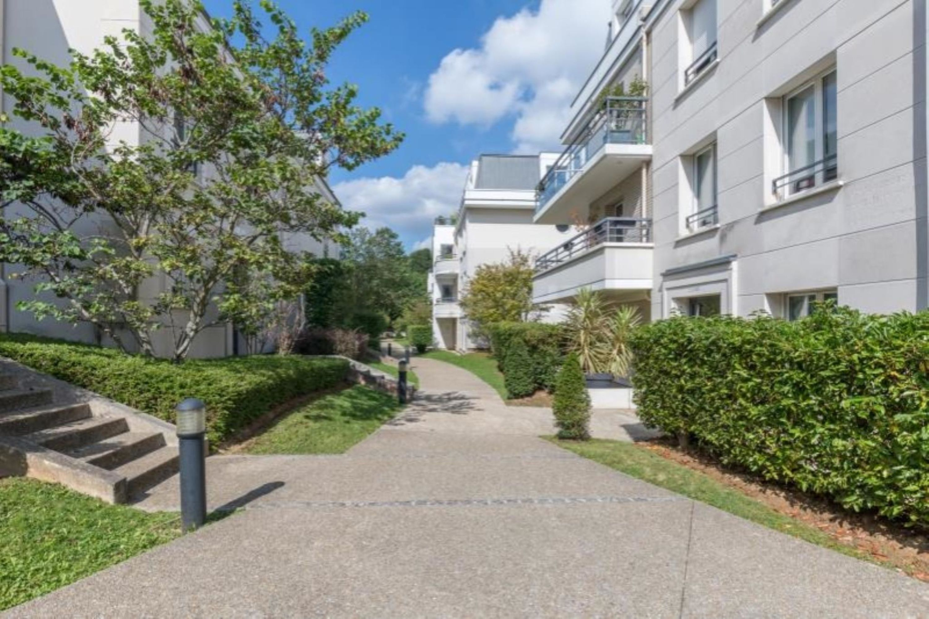 agence immobilière sevres 92 le chesnay 78 achat vente location appartement maison immobilier LMHT ANF RNVUSFYI