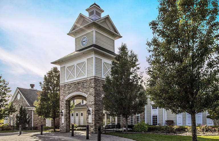 Bridgewater Active Retirement Community | Senior Living Near
