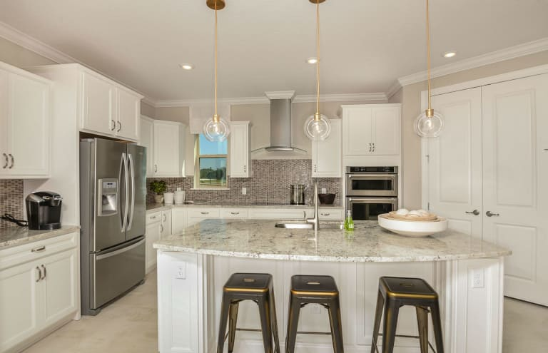 New Homes in Longwood, Florida at Retreat at Lake Brantley | Pulte