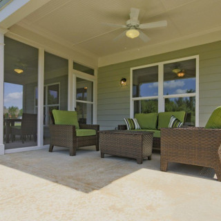 Screened Lanai with separate porch