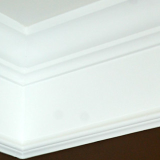 Crown neck moldings