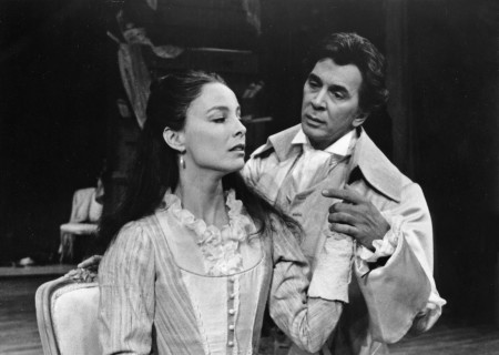 (L-R) Kathleen Quinlan as La Presidente de Tourvel and Frank Langella as Le Vicomte de Valmont star in Christopher Hampton's production of  'Les Liaisons Dangereuses' at the Ahmanson.