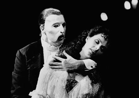 "(L-R) Michael Crawford as ""The Phantom"" and Sarah Brightman as ""Christine' in Andrew Lloyd Webber's new musical ""The Phantom of the Opera,"" directed by Harold Prince at the Magestic Theatre."