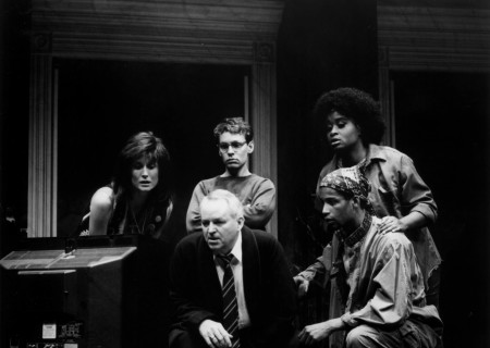 (Clockwise from center) Dakin Matthews, Lisa Banes, Doug Hutchison, Kimberly Scott, and Kenny Ransom in 'Julius Caesar.'