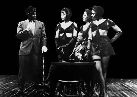 (L-R) Keith David, Patty Holley, Phylliss Bailey, Regina Le Vert and Obba Babatundé (seated) in 'Jelly's Last Jam.'