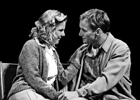 (L–R) Myra Platt and Patrick Wilson in 'The Cider House Rules.'