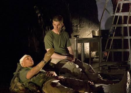 (L-R) Glenn Davis and Brad Fleischer in 'Bengal Tiger at the Baghdad Zoo.'