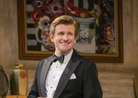 Charles Edwards in the North American tour of Noël Coward&#039;s &#039;Blithe Spirit&#039; at the Ahmanson Theatre.<br />