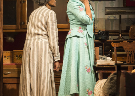 (L–R) Cicely Tyson and Vanessa Williams in the critically acclaimed, Tony-nominated Broadway revival of Horton Foote's American masterpiece 'The Trip to Bountiful' at the Ahmanson Theatre.