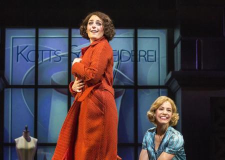 """(L–R) Hannah Corneau and Leigh Ann Larkin in """"Harmony"""" at the Ahmanson Theatre."""