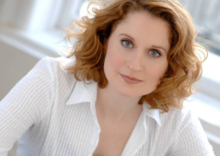 """Christiane Noll will perform in the national tour of """"Dear Evan Hansen"""" at Center Theatre Group/Ahmanson Theatre. With a book by Steven Levenson, a score by Benj Pasek and Justin Paul and direction by Michael Greif, """"Dear Evan Hansen"""" runs October 17 – November 25, 2018. For tickets and information, please visit CenterTheatreGroup.org or call (213) 972-4400. Media Contact: CTGMedia@CTGLA.org / (213) 972-7376."""