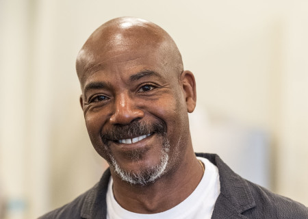 "John Earl Jelks at the first rehearsal for ""Sweat"" by Lynn Nottage. Directed by Lisa Peterson, ""Sweat"" runs August 29 through October 7, 2018, at the Center Theatre Group/Mark Taper Forum. For tickets and information, please visit CenterTheatreGroup.org or call (213) 628-2772. Media Contact: CTGMedia@CTGLA.org / (213) 972-7376. Photo by Craig Schwartz."