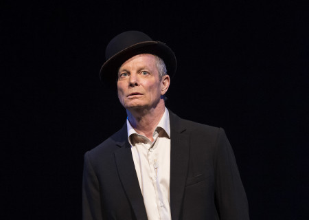 "Bill Irwin in the Irish Repertory Theatre production of ""On Beckett."" Conceived and performed by Irwin, ""On Beckett"" runs through October 27 at Center Theatre Group's Kirk Douglas Theatre. For more information, please visit CenterTheatreGroup.org. Press Contact: CTGMedia@CTGLA.org / (213) 972-7376. Photo by Craig Schwartz."