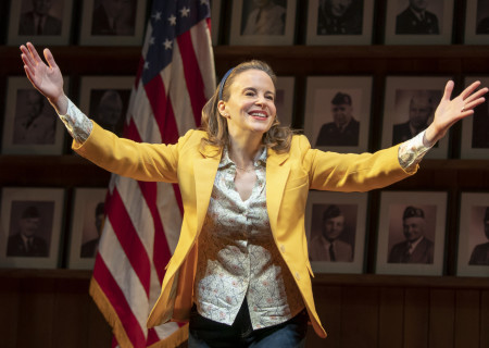 Maria Dizzia in the national tour of €What the Constitution Means to Me.€ Written by Heidi Schreck and directed by Oliver Butler, €What the Constitution Means to Me€ is presented by Center Theatre Group at the Mark Taper Forum through February 28, 2020. For more information, please visit CenterTheatreGroup.org. Press Contact: CTGMedia@CTGLA.org / (213) 972-7376. Photo by Joan Marcus.
