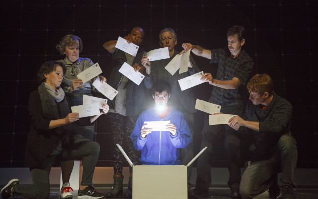 'The Curious Incident of the Dog in the Night-Time' Discovery Guide