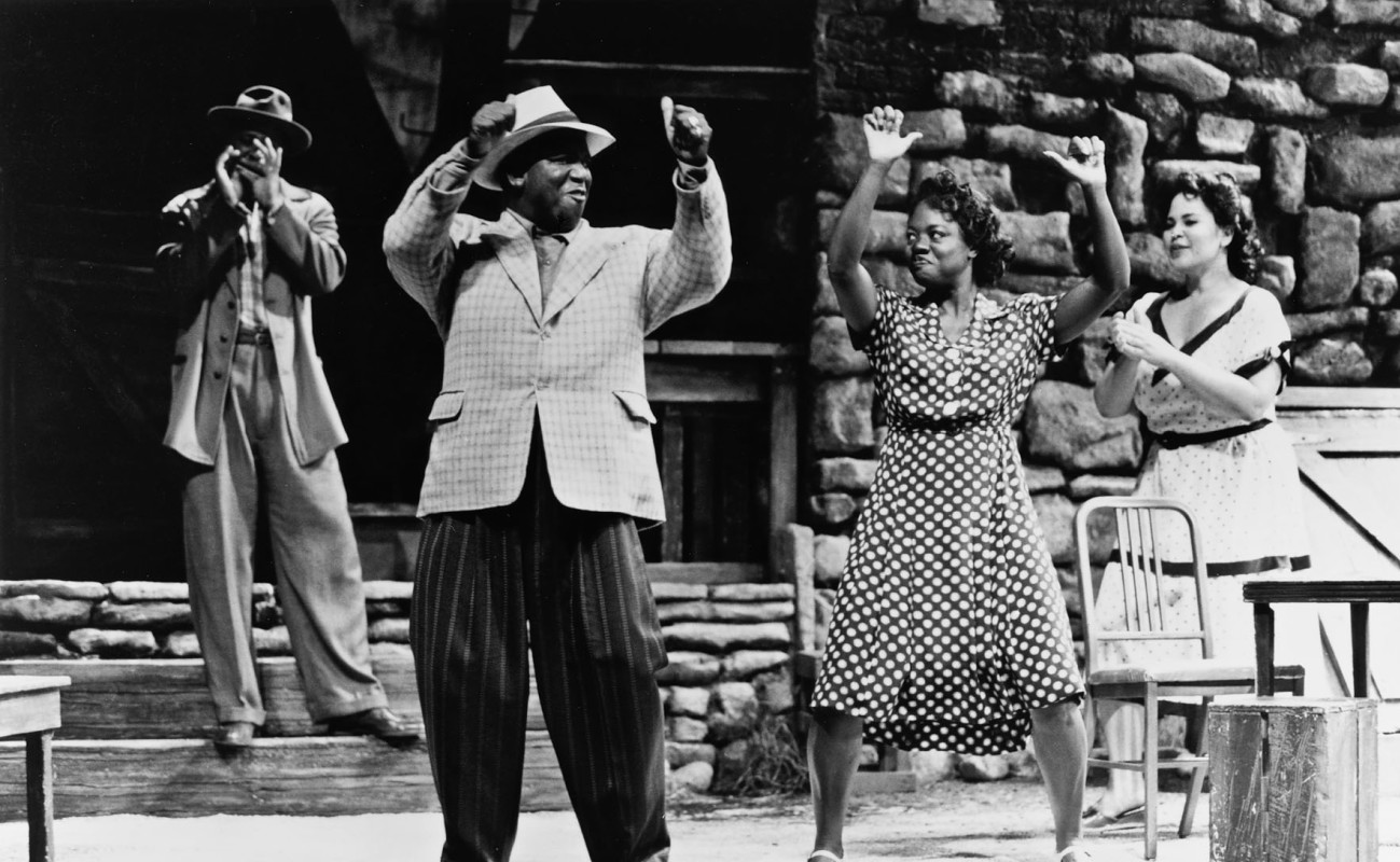 (L - R) Ruben Santiago-Hudson, Tommy Hollis, Viola Davis, and Michele Shay in August Wilson's 'Seven Guitars,' directed by Lloyd Richards