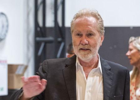 "Cast member Harry Groener on the first day of rehearsal for the world premiere of ""Vicuña"" by Jon Robin Baitz at Center Theatre Group's Kirk Douglas Theatre. Directed by Robert Egan, ""Vicuña"" runs October 23 through November 20, 2016. For tickets and information, please visit CenterTheatreGroup.org or call (213) 628-2772. Contact: CTGMedia@ctgla.org / (213) 972-7376. Photo by Craig Schwartz."