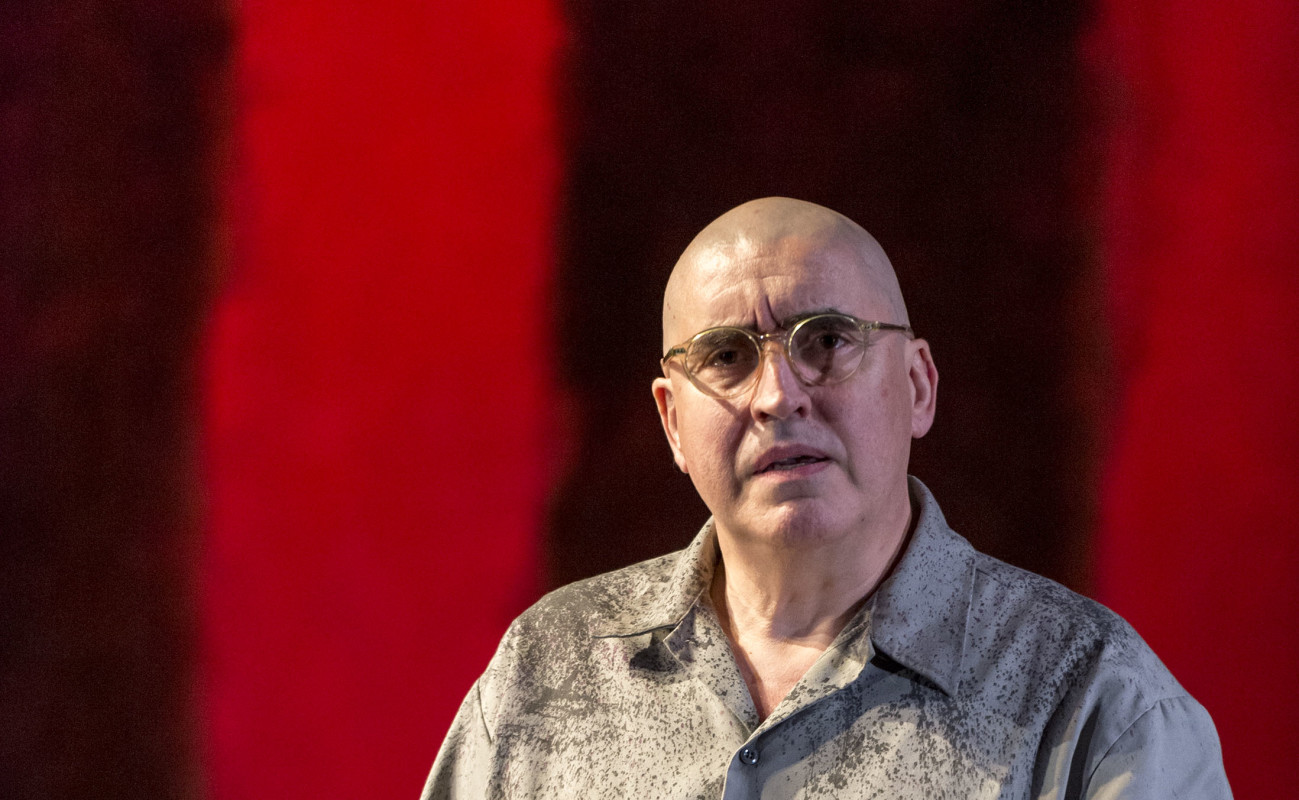 Alfred Molina in 'Red.'