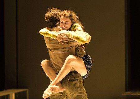 "Frederick Weller and Catherine Combs in the Young Vic production of ""A View From the Bridge."" Directed by Ivo van Hove, the production plays through October 16, 2016, at the Center Theatre Group/Ahmanson Theatre. For tickets and information, please visit CenterTheatreGroup.org or call (213) 972-4400. Contact: CTGMedia@ctgla.org/ (213) 972-7376. Photo by Jan Versweyveld."