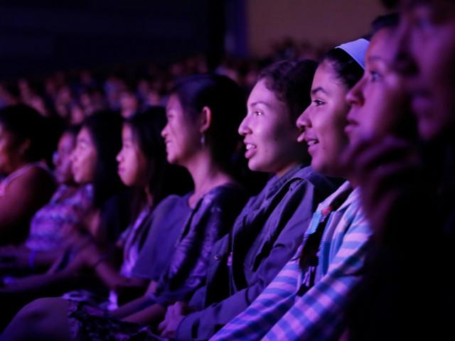Teen Theatregoers: Apply by Oct 18