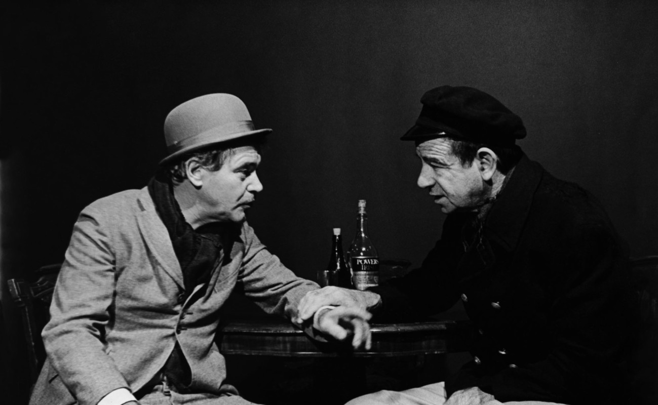 Jack Lemmon and Walter Matthau in 'Juno and the Paycock.'