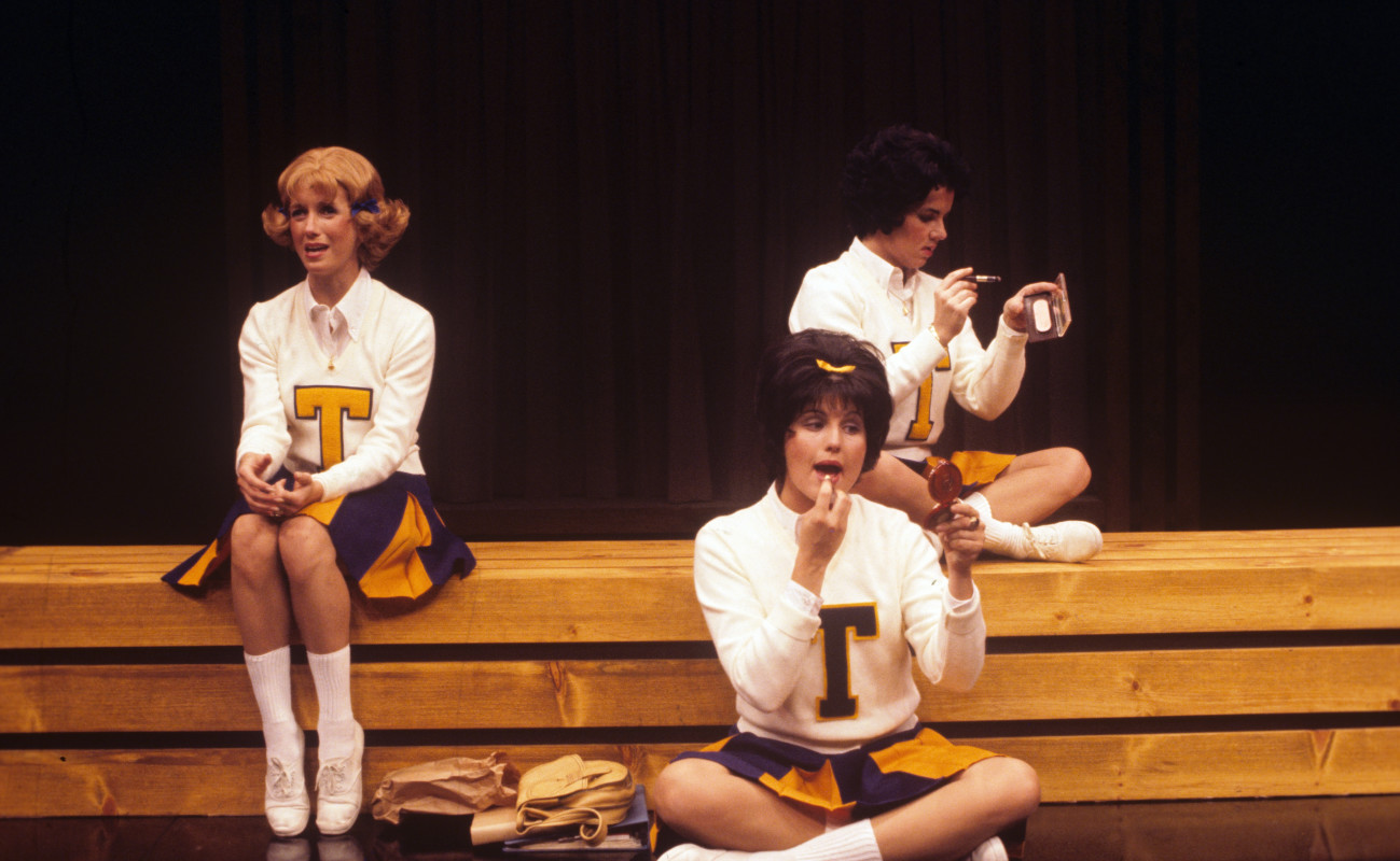 (L–R) Sandy Duncan, Lucie Arnaz, and Stockard Channing in 'Vanities.'