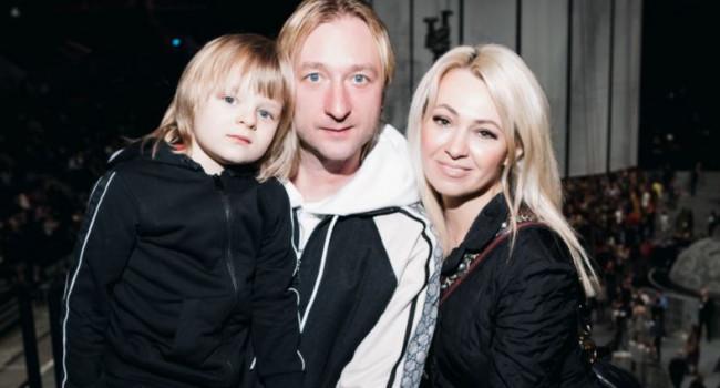 «Нервничали и не спали всю ночь»: адвокат Рудковской намерен разобраться со слухами о болезни ее сына и наказать виновных