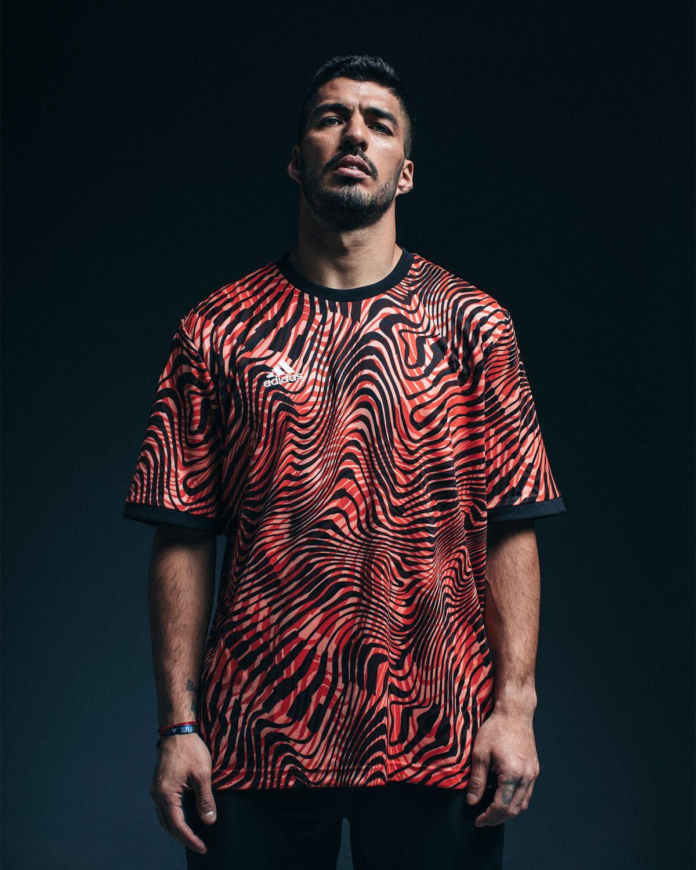 Luis Suarez Soccerbible