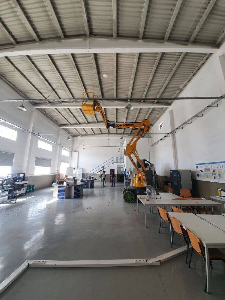 Projeção de Cobertura de Pavilhão - 300m2