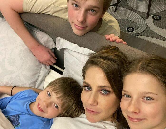 «Супердетки»: Барановская похвалилась интеллектуальными успехами сыновей и дочери