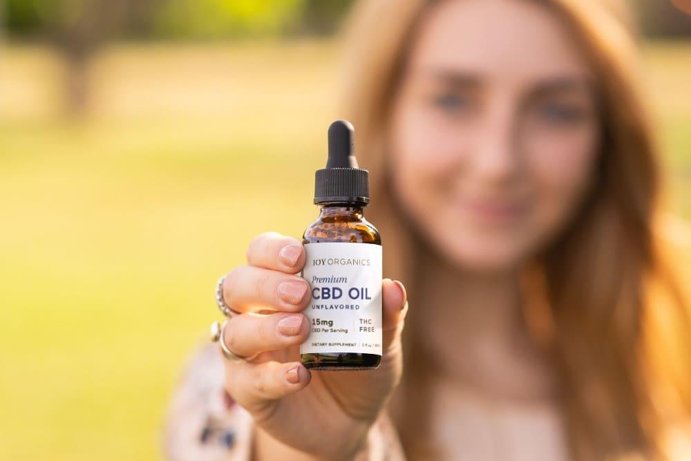 Does CBD Show Up on a Hair Follicle Drug Test